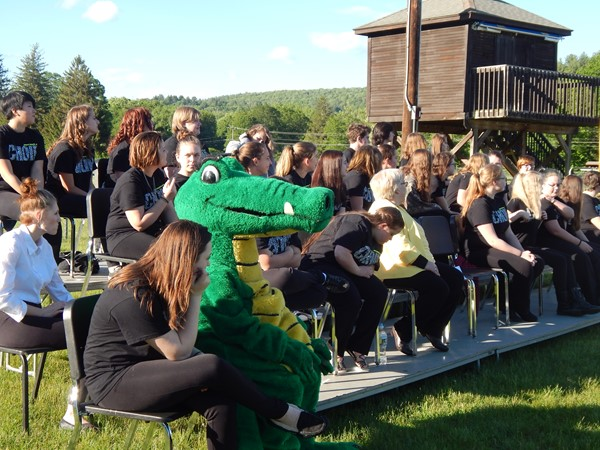 The Gator and the Choirs